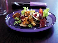Waldpilz-Salat mit Preiselbeer-Vinaigrette Rezept