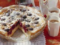 Walnuss-Kirsch-Kuchen auf Schweizer Art (Wähe) Rezept