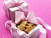 Weihnachtliche Sternplätzchen zum Verschenken Rezept