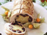 Weihnachtlicher Putenrollbraten mit Karambole Rezept
