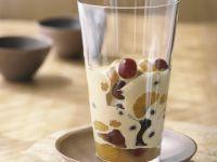 Weinschaumcreme mit Früchten Rezept