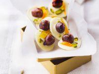Weiße Schokotaler mit Haselnüssen, Orange und Pistazien Rezept