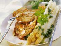 Weißer Spargel mit Mandel-Kalbsschnitzeln (Piccata)