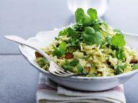 Weißkohlsalat mit Mandeln und Koriander Rezept