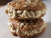 Whoopie Pies mit Frischkäse-Nusscreme Rezept