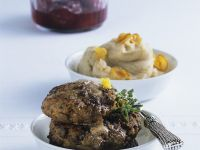 Wilsfrikadellen mit Kartoffel-Maronen-Püree