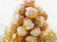 Windbeuteltorte zu Weihnachten Rezept