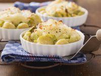 Wirsing-Rosenkohl-Auflauf mit Kartoffelkruste Rezept
