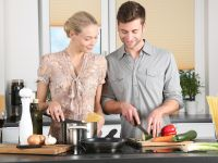Darum sollten Eltern unbedingt kochen lernen