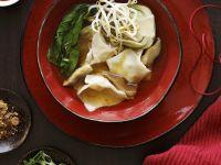 Wonton-Suppe mit Sprossen Rezept