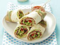 Wraps mit Gemüse und Salami Rezept
