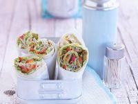 Wraps mit Lupinenfilet, Sprossen und Erbsenpüree Rezept