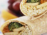 Wraps mit Reis, Tofu und Gemüse