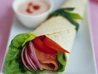 Wraps mit Salat und Schinken gefüllt Rezept