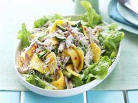 Würziger Hähnchensalat mit Mango Rezept