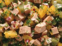 Wurstsalat mit eingelegtem Kürbis Rezept