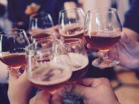 Alkohol-Risiken: Wann wird der Genuss gefährlich?