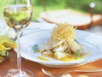 Zanderfilet mit Ingwer-Gurke und frittiertem Weißkohl Rezept