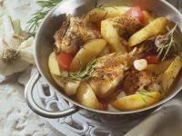 Zitroniges Hähnchen mit Kartoffeln und Tomaten Rezept