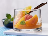 Zitrusfrüchte in Gewürzsirup Rezept