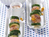 Zucchini-Frikadellen-Spieße mit Joghurt-Dip Rezept
