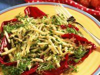 Zucchini-Käse-Salat mit Kresse Rezept