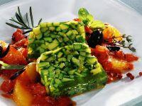 Zucchini-Kräuter-Sülze mit Tomatengemüse Rezept