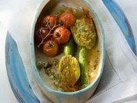 Zucchini mit Gemüsefüllung Rezept