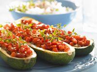 Zucchini mit Hackfleisch-Tomaten-Füllung Rezept