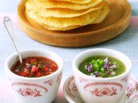 Zweierlei Salsas mit Tortillas Rezept