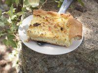 Zwiebelkuchen auf französische Art Rezept