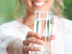 Wassertrick: Abnehmen mit Wasser