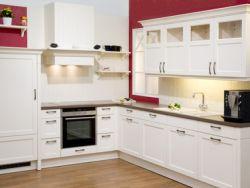 Aufgeräumte Küche