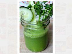 Gurken-Drink mit Ingwer und Zitrone