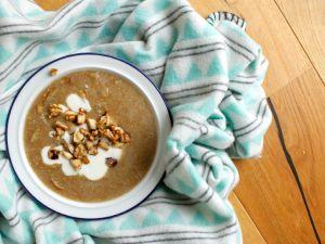 Amaranth Porridge mit gerösteten Birnen Rezept