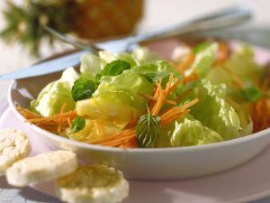 Ananas-Möhren-Salat Rezept