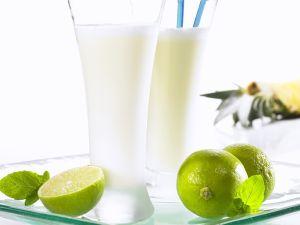 Ananas-Shake mit Kokosmilch Rezept