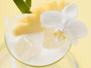 Ananas-Smoothie mit Mandelmilch Rezept