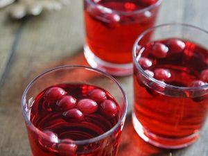 Apfel-Cranberry-Drink Rezept