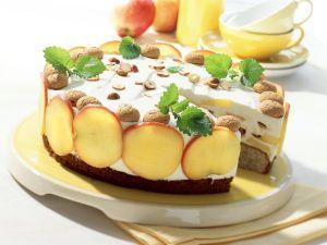 Apfel-Haselnusstorte Rezept