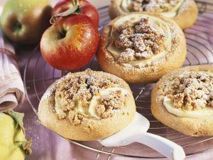 Apfel-Hefeküchlein Rezept