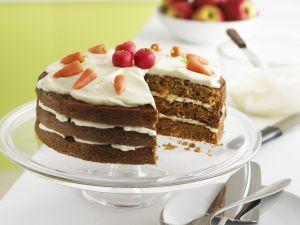 Apfel-Möhren-Torte Rezept