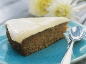 Apfel-Möhren-Torte mit Vanillequark Rezept