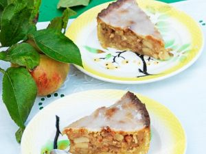 Apfel-Mürbteig-Kuchen Rezept