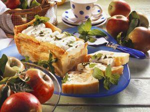 Apfelterrine mit Zimtsoße Rezept