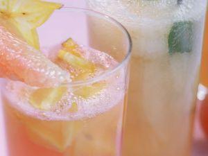 Aprikosendrink mit Apfelsaft Rezept