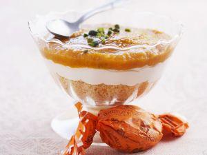 Aprikosentrifle mit Amaretti Rezept