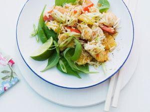 Asia-Reissalat mit Ananas und Spinat Rezept