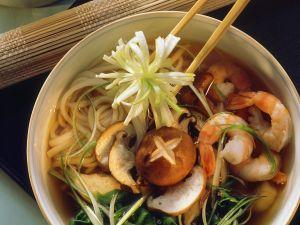 Asiasuppe mit Nudeln Rezept