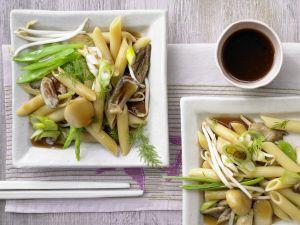 Asiatische Gemüsenudeln Rezept